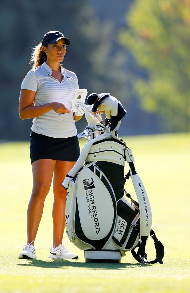 Cheyenne Woods Photos - Cheyenne Woods waits to hit on the 14th hole during the second round of the LPGA Cambia Portland Classic at Columbia Edgewater Country Club on September 1, 2017 in Portland, Oregon. - Cheyenne Woods Photos - 17 of 625