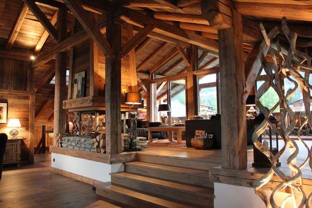 Location prestige Ferme MEGEVE : La FERME ASIE est une propriété exceptionnelle en vieux bois ...