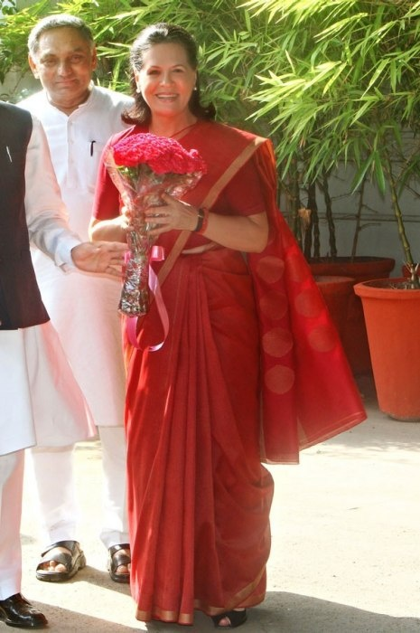 2013 Top 10 Best-Dressed World Leaders SONIA GANDHI President of the Indian National Congress