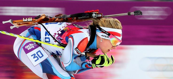 Česká biatlonistka Gabriela Soukalová ve vytrvalostním závodu na 15 kilometrů. (14. února 2014)