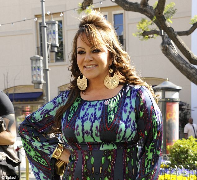 Explosive report claims that singer Jenni Rivera was involved with DRUG CARTELS before she died in plane crash    Read more: http://www.dailymail.co.uk/news/article-2260376/Jenni-Rivera-Explosive-report-claims-singer-involved-drug-cartels-death.html#ixzz2Hcr1itut  Follow us: @MailOnline on Twitter | DailyMail on Facebook