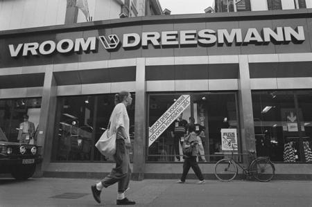 Vroom en Dreesman, 1988