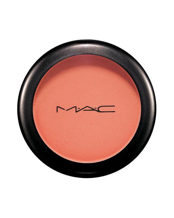 Mac Powder Blush in Peaches suits every skin tone love love love!!!!
