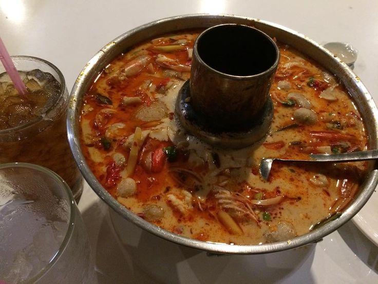 久しぶりなトムヤムクン #tomyumkung #トムヤムクン #thaifood #thaicuisine #thaifoodporn #thaifoodlover #spicyfood #thailocalfood #タイ料理 #タイ料理大好き #タイ料理最高 #thailand #タイ #bangkoklife #instapics #instagood #instafood #foodie #foodporn #foodoftheday #foodofinstagram http://w3food.com/ipost/1513265075481689838/?code=BUAMpGLFz7u