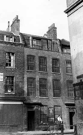 17 Wilkes Street, Spitalfields - J M Prest via English Heritage
