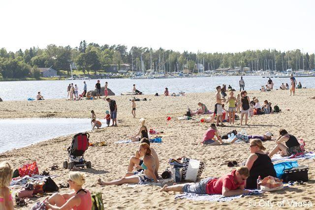 Summerday @Hietasaari beach / Vaasa, Photographer Katja Lösönen