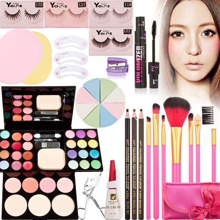 matérielle maquillages et palette avec : palette de maquillages, recourbe cils, eponge, colle faux cils, faux ciles, pinceaux, crayon, mascara ... vous pouver retrouver cette palette sur www.aliexpresse.fr https://fr.aliexpress.com/item/Hot-brand-Makeup-sets-beauty-tools-Pro-Colors-Makeup-Eyeshadow-Eyelash-Eyebrow-Powder-Palette-7pcs-Brush/32450227561.html?spm=2114.06010108.0.0.81Jl1g