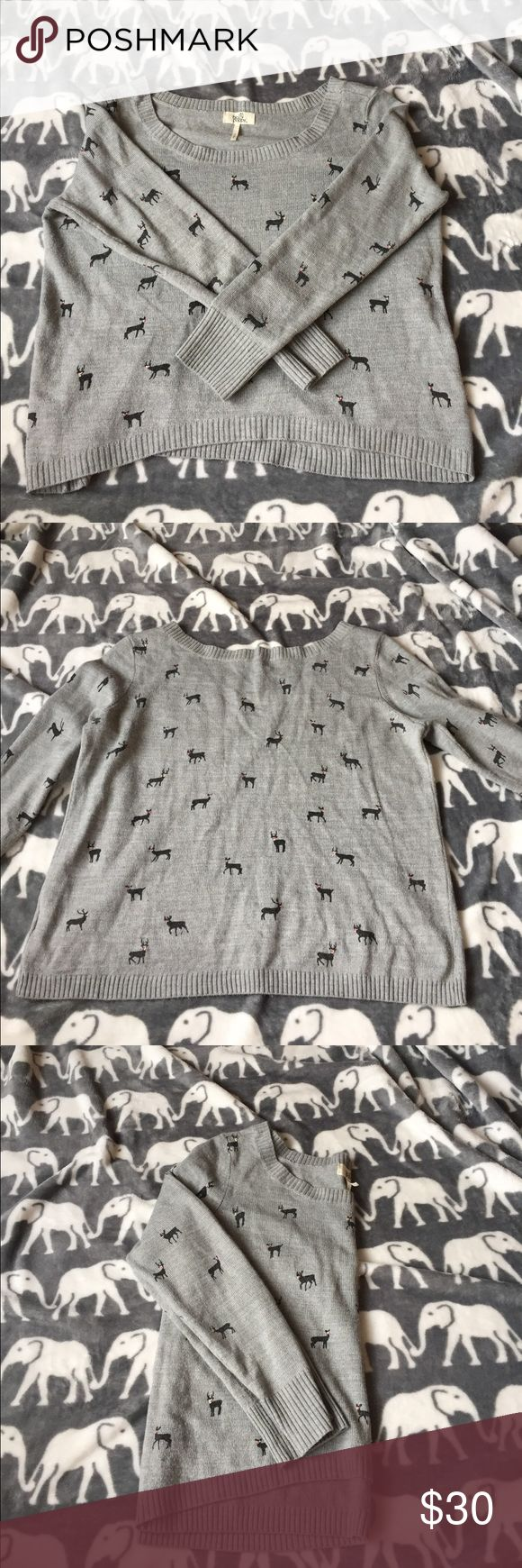 Pacsun Reindeer Sweater size small Size small gray reindeer sweater from Pacsun PacSun Sweaters Crew & Scoop Necks