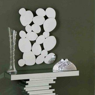 Descubre nuestro catalogo online donde encontraras espejos originales para la creacion de originales ambientes en tu hogar.