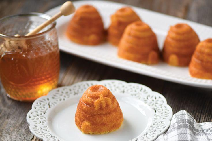 Beehive Cornbread Cakes