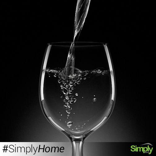Copas vino/agua Bouquet Set x3 $35.500  Copa de vidrio ligeramente abombada, se llena hasta 4/5 de su capacidad cuando se utiliza para agua y solo se llena hasta 3/4 de su capacidad cuando se utiliza para vinos. #SimplyHome #SimplyHomeCol #OnlineShop #Simply #Home