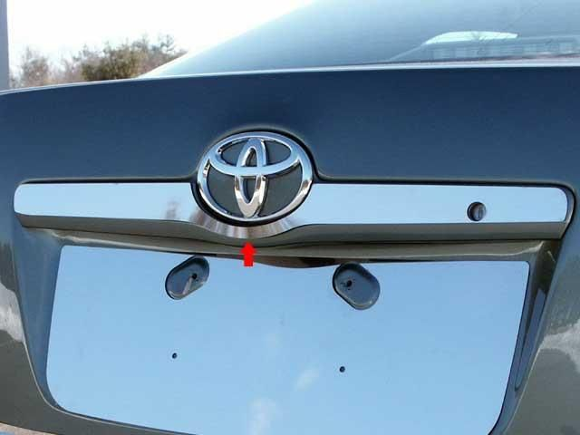 QAA PART LB27130 fits CAMRY 2007-2011 TOYOTA (1 Pc: SS License Bar Above Plate Accent Trim Strip, 4-door) LB27130