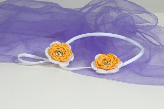 Crochet flower headband and ponytail holder  Set of two by Chrisin, €8.20
