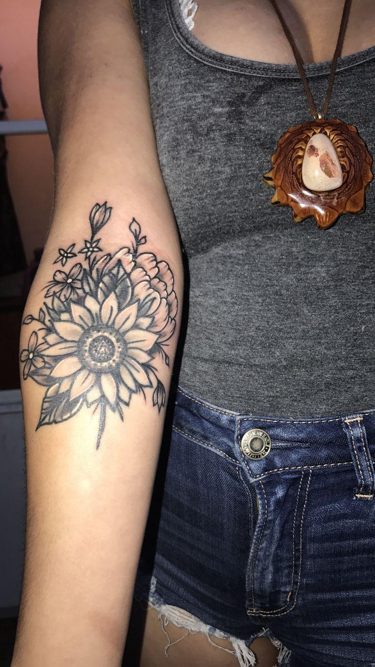 Sunflower Tattoo // Wildflower Tattoo // Girl Tattoo #ad