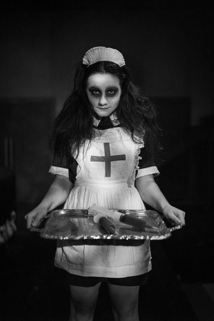 creepy photographs   Scary Faces – Pushing the Monochrom Further by Jason Howe   Room service anyone?