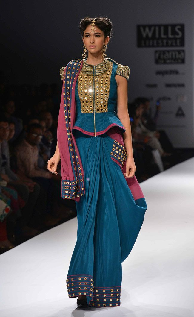 Model posing on the ramp for designer Kanika Saluja at the grand finale of WIFW… - blouses, collar, for teenager, formal, satin, summer blouse *ad