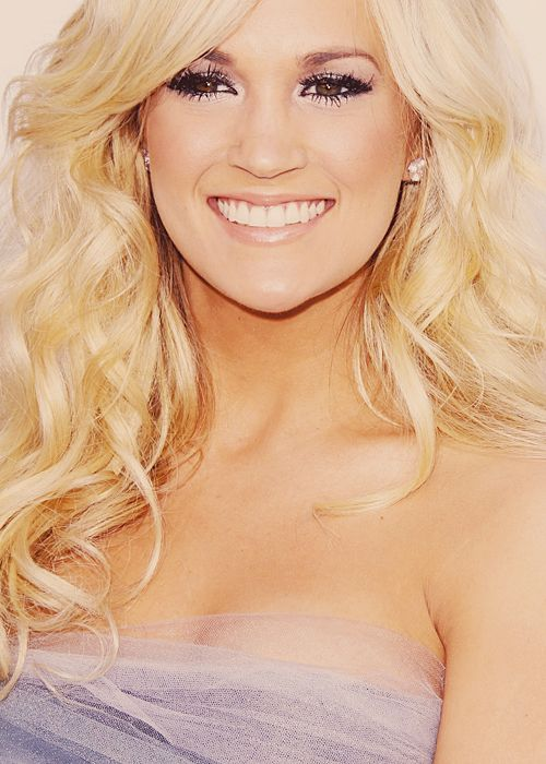 carrie underwood. Hair and make up is flawless.