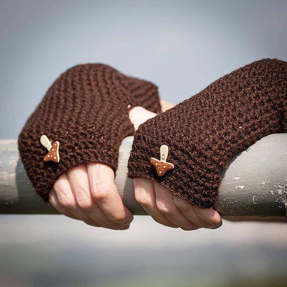 Dark Brown Fingerless Gloves with Mushroom Button / Chocolate