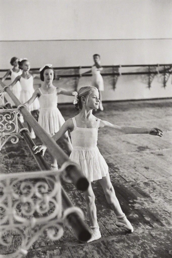 Henri Cartier-Bresson, Bolshoi Ballet School, Moscow, USSR, 1954, Phillips