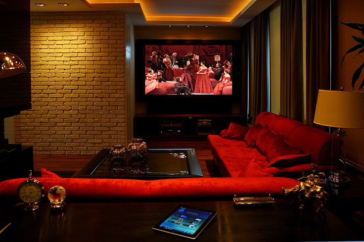 Podoba się Wam? Więcej o najwyższej jakości Art Cinema na naszej stronie:  http://www.pro-arte.pl/aktualnosci/3695/inteligentny-dom-komfortowa-oprawa-audio-i-video.xhtml  #inteligentnydom #artcinema #audio #video #rezydencje #automatyka #ipad #iphone