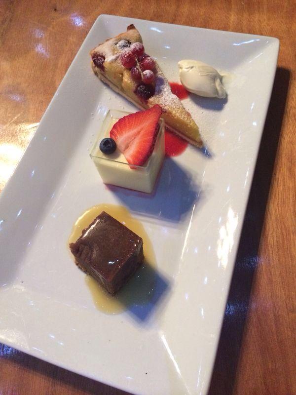 12 besten dessert bar cakes bilder auf pinterest mini desserts s igkeiten und dessert ideen. Black Bedroom Furniture Sets. Home Design Ideas
