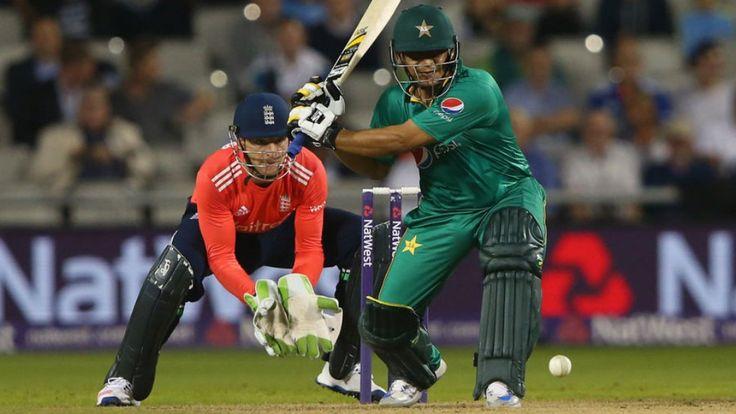 પાકિસ્તાને ટી-૨૦ મેચમાં ઇંગ્લેન્ડને ૯ વિકેટથી હરાવ્યું