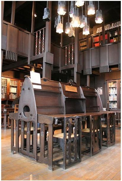 Charles Rennie Mackintosh (1868-1928) - Glasgow School of Art Library. Glasgow, Scotland.
