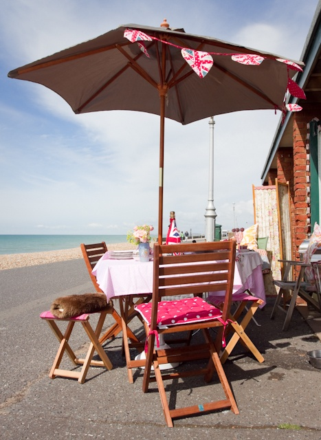 Don 39 T Have Your Own Beach Hut Hire One In Brighton Hove