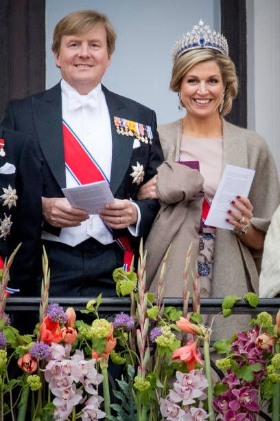 King WillemAlexander and Queen Maxima of The Netherlands attend the official Gala dinner at the Royal Palace on May 9 2017 in Oslo Norway King Harald...