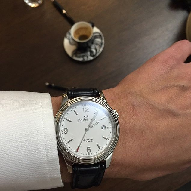 Royal Steel Classic 41 mm, white dial with black alligator. #sjöösandström #sjoosandstrom #watch #watches #sweden #classic