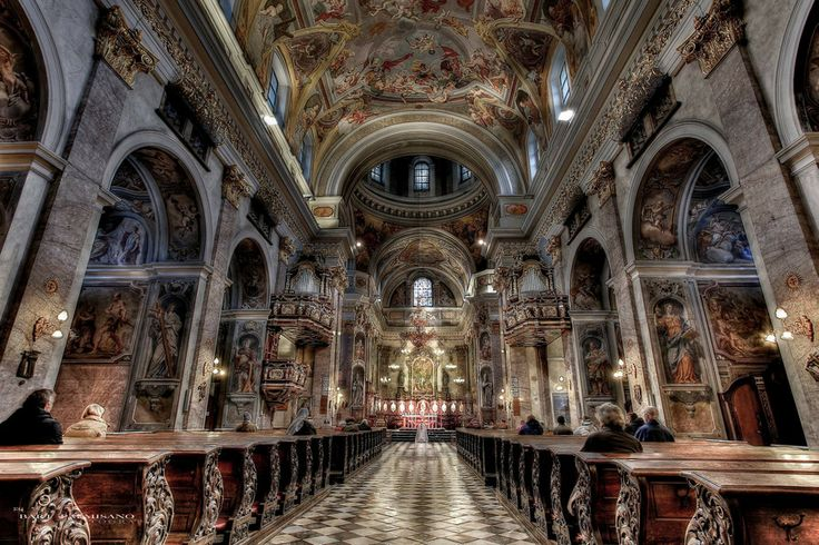 Lubiana, church of St. Nicholas by Bart Palmisano on 500px