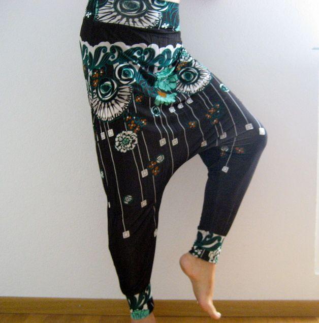 Nähanleitung für eine bequeme und schöne Haremshose / sewing instruction for harm pants by firstloungeberlin via DaWanda.com