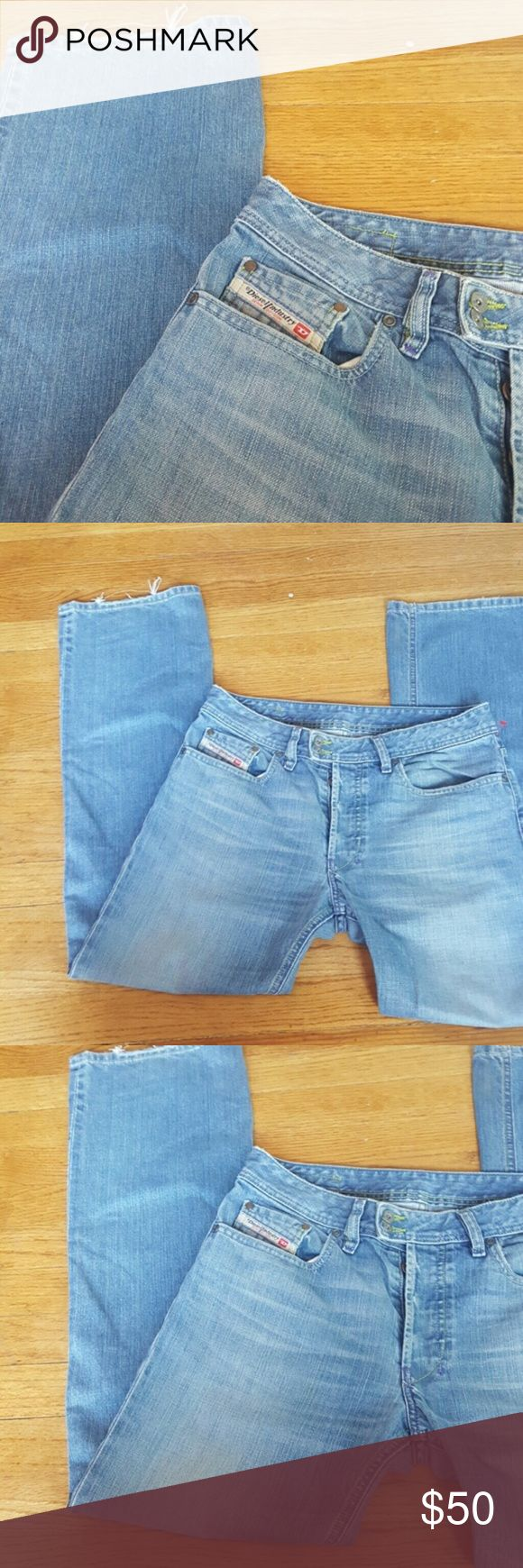 DIESEL brand women's jeans 30 x 32 blue jeans Diesel Women's light wash blue jeans size 30x32 DIESEL INDUSTRY DENIM DIVISON MADE IN ITALY SIZE 30 LIGHT WASH BLUE JEANS EUC BUTTON FLY STRAIGHT CUT SOME STRETCH 16 ACROSS 10 INCH RISE 32 inch inseam Purple and yellow seams Great quality Diesel Jeans