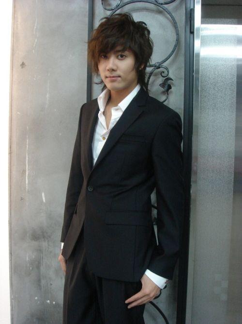 Kim Kyu Jong - singer/actor - kpop