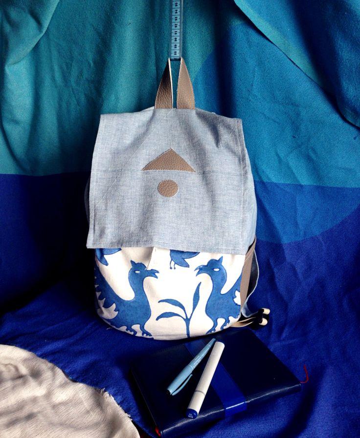 Backpack fabric birds