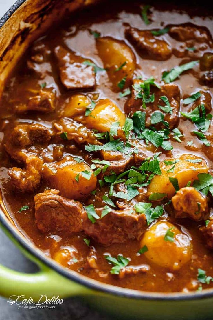 Beef And Guinness Stew is a heart warming bowl of comfort! Oven slow cooked beef, simmered in a rich Guinness gravy, with so much flavour!