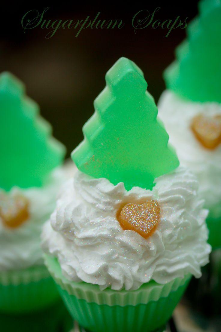 Green tea & white pear soapcakes