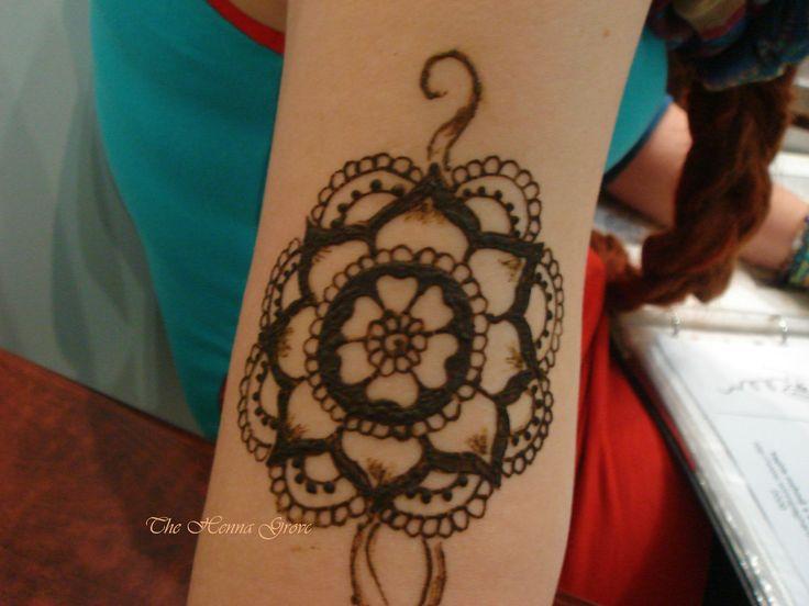 #henna #mehndi #mehndiarm #mehndiheart #mandala #mandalaarm #mehndidesign #festivalhenna #thehennagrove #heartmandala