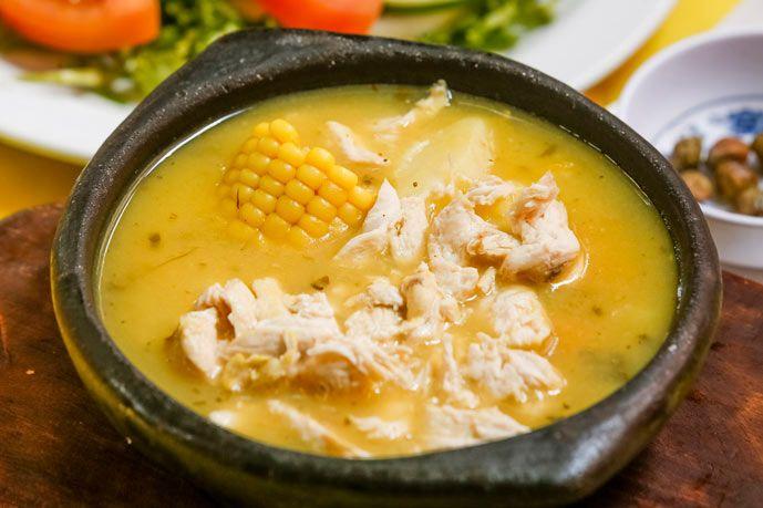 Hoy quiero compartir con ustedes como hacer el ajiaco tradicional Colombiano.