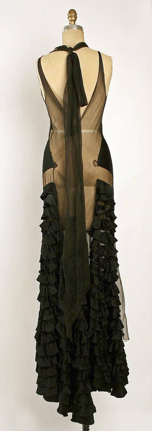 Dress, Evening  Madeleine Vionnet (French, Chilleurs-aux-Bois 1876–1975 Paris)  Date: fall/winter 1929–30