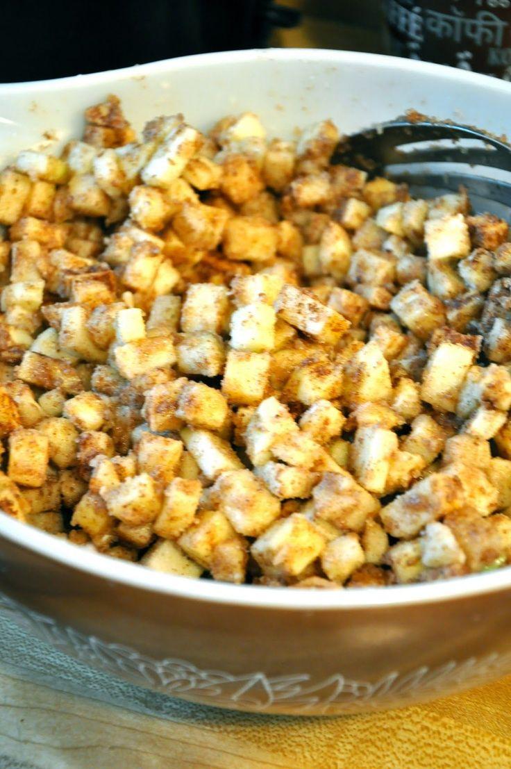 Met bladerdeeg in een muffinvorm maak je de lekkerste mini appeltaartjes! Lekker als tussendoortje of toetje... - Zelfmaak ideetjes