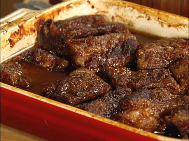 Easy BBQ Short Ribs.  Yummy southern comfort food!