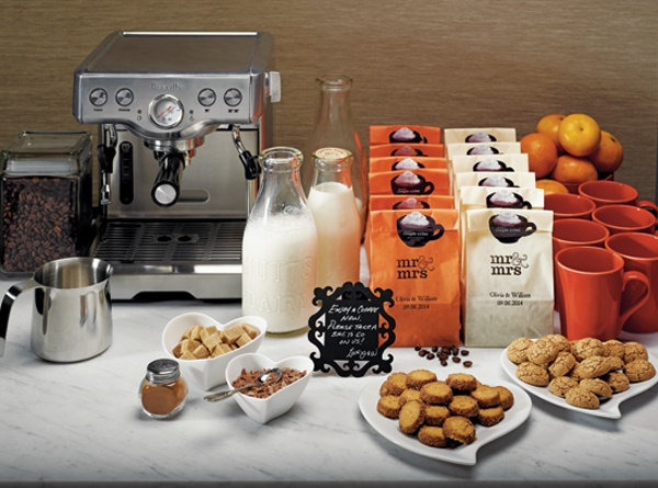 coffee bar... Lord know I would have one of these... Gotta keep the party going!