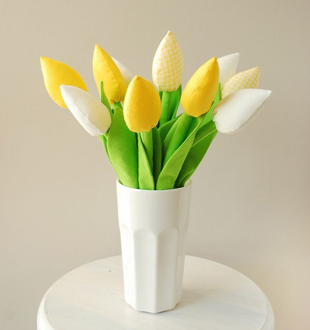 Handmade tulips! Beautiful home decor for spring!