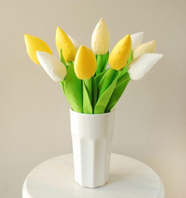 Handmade tulips! Beautiful home decor for spring!