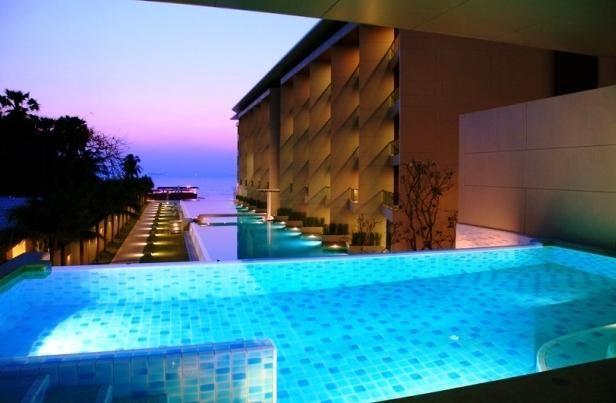 OopsnewsHotels - Ananya Beachfront Condominium