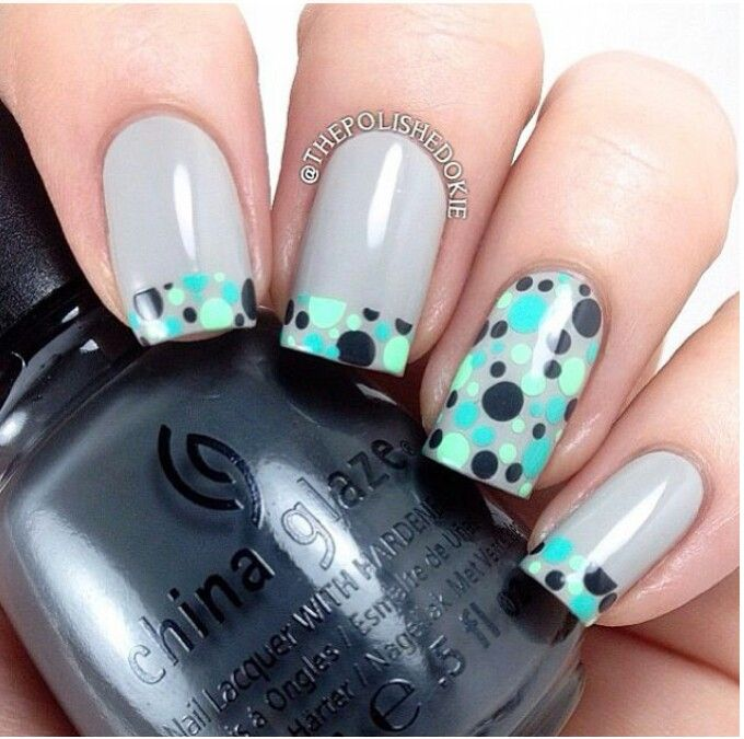 Polk-a dots and grey nails