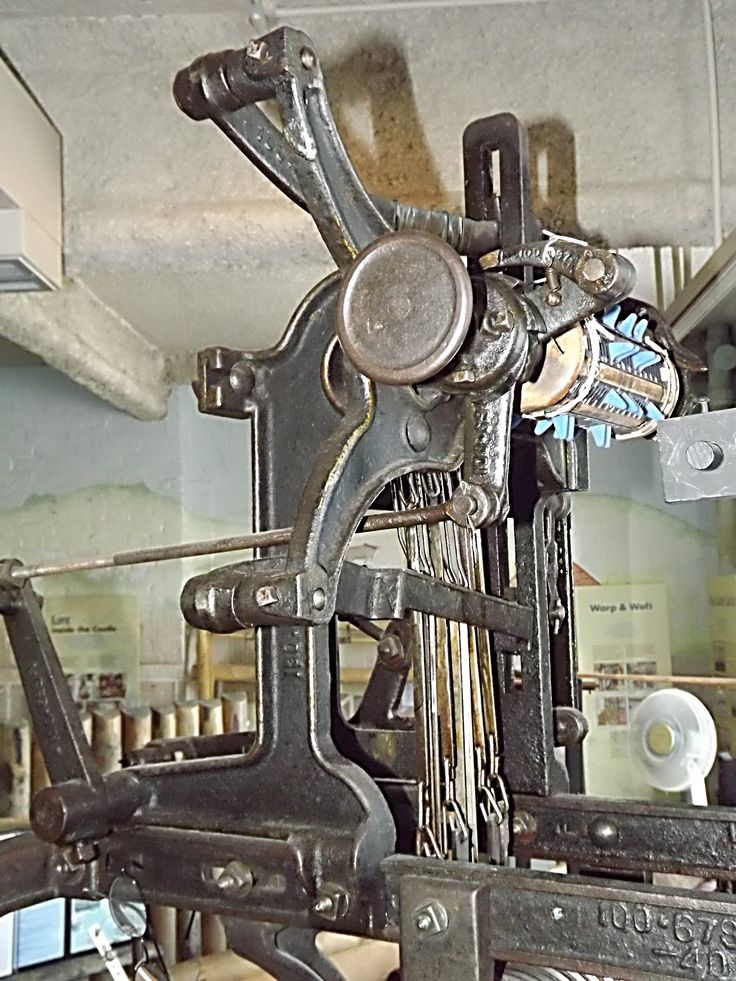 This Dobby, a dobby a mechanical heald lifting device which allowed weaving of much more intricate patterns on any looms to which it was fitted.