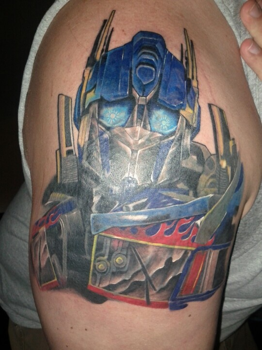 17 best images about tattoo ideas on pinterest cover up - Optimus prime dessin ...