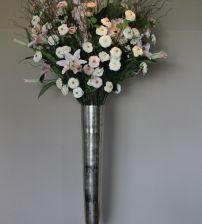 Zijden bloemstuk lelie roos